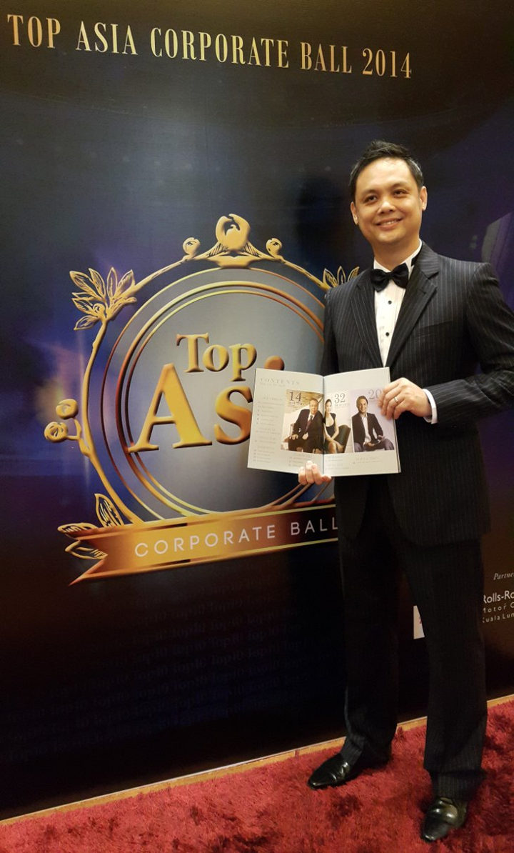 CEO Lojai Agus Tjandra Menerima _Asia's Most Admired Technopreneur Award 2014_